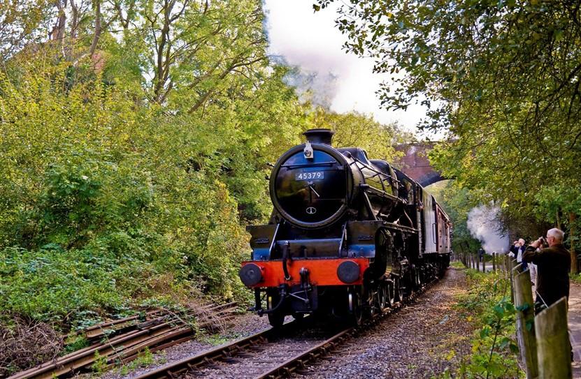 """<img src=""""avonvalleyrailway©avr.jpeg"""" alt=""""Avon Valley Railway""""/>"""
