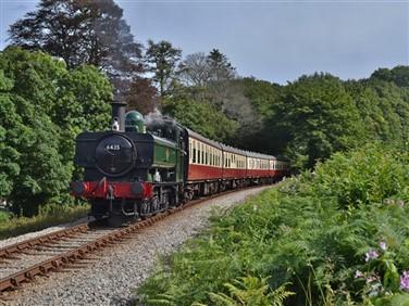 "<img src=""bodmin-&-wenford-railway-©-patrick-hooper.jpeg"" alt=""Bodmin & Wenford Railway""/>"