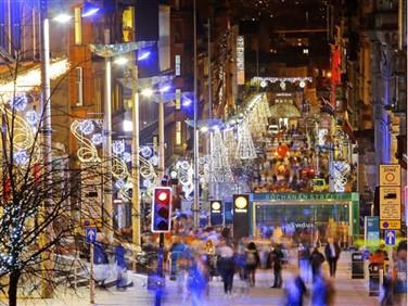 "<img src=buchananstreetglasgow.jpeg"" alt=""Buchanan Street Glasgow""/>"