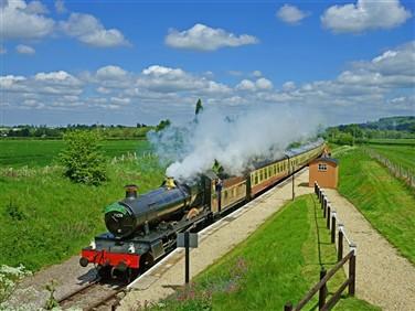 "<img src=""gloucestershirewarwickshirerailway©shutterstock.jpeg"" alt=""Gloucester & Warwickshire""/>"
