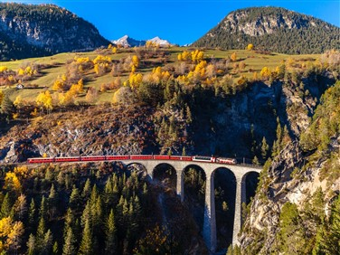 """<img src=""""landwasserviaductshutterstock4x3.jpeg"""" alt=""""The Landwasser Viaduct """"/>"""