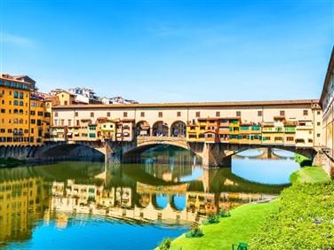 """<img src=""""pontevecchioflorence©shutterstock.jpeg"""" alt=""""Ponte Vecchio Florence"""">"""