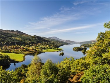 "<img src=""queens-view-at-loch-tummel-©-shutterstock.jpeg"" alt=""Queens View - Loch""/>"