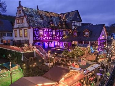 "<img src""rudesheimchrismasmarket5.jpeg"" alt=""Rudesheim Christmas Market"">"