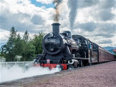 """<img src=""""strathspeyrailway43-shutterstock_323257985.jpeg"""" alt=""""Strathspey Steam Railway """"/>"""