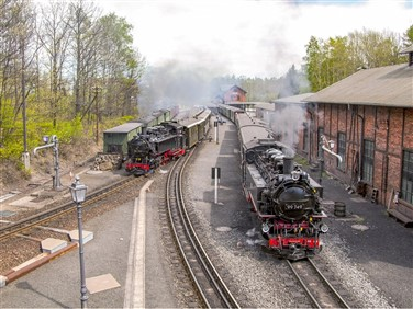 "<img src=""zittaurailway.jpeg"" alt=""Zittau Railway""/>"
