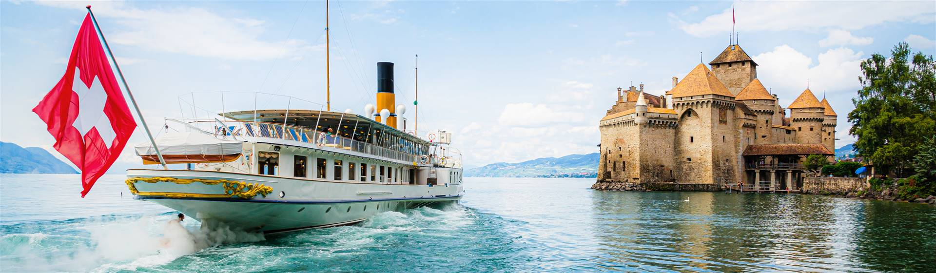 "<img src=""chateau_chillon©shutterstock.jpeg"" alt=""Lake Geneva & Château Chillon""/>"