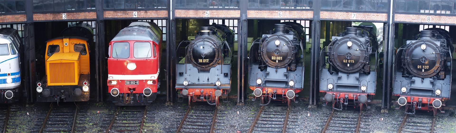 "<img src=""dresden-adobestock_26955602.jpeg"" alt=""Dresden Steam Festival""/>"