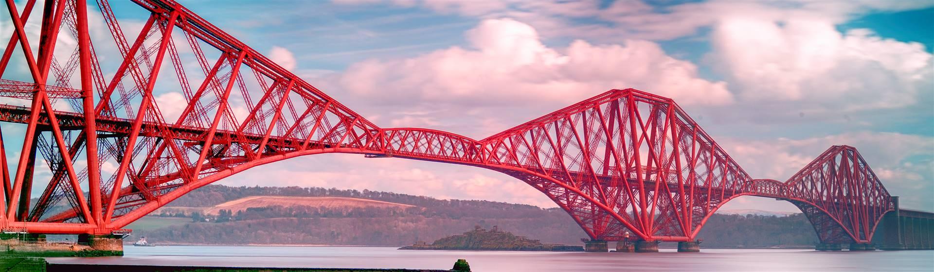 """<img src=""""forth_bridge©shutterstock.jpeg"""" alt=""""Forth Bridge"""">"""