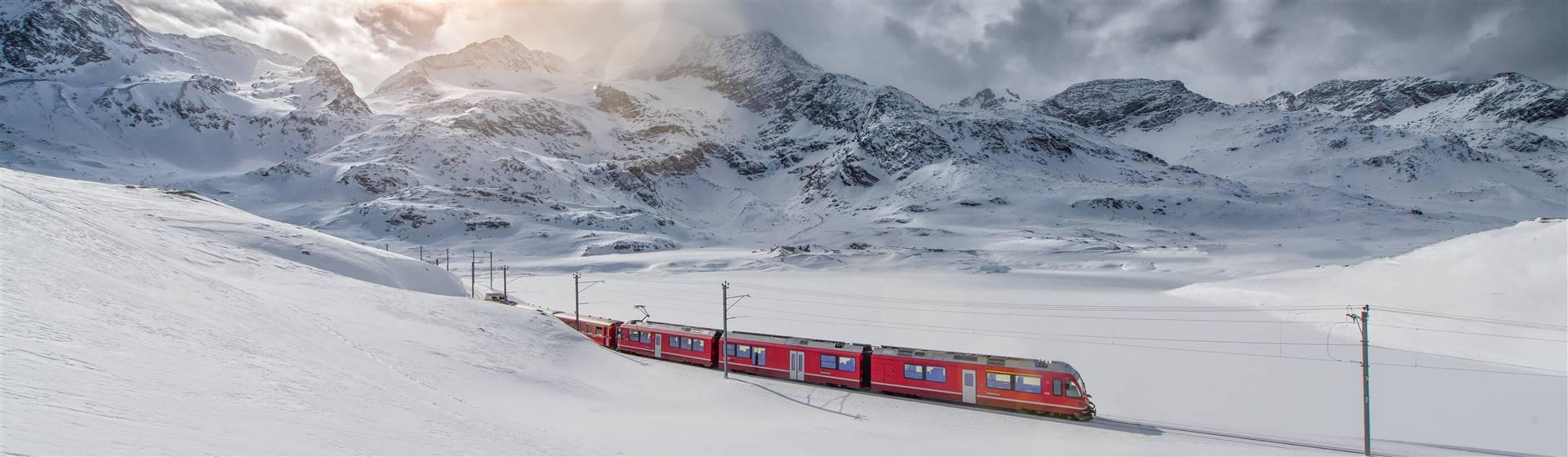 """<img src=""""scsta2020-adobestock_104170773.jpeg"""" alt=""""The Glacier Express""""/>"""
