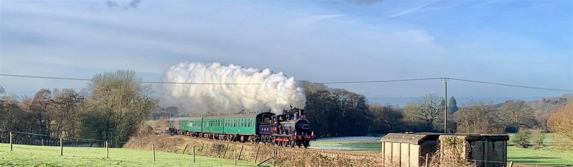 """<img src=""""spavalleyrailway.jpeg"""" alt=""""Spa Valley Railway"""">"""