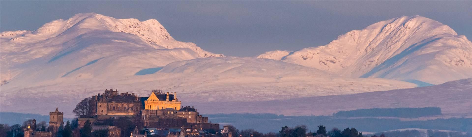 """<img src=""""stirlingcastle-shutterstock_794038216.jpeg"""" alt=""""Stirling Castle""""/>"""