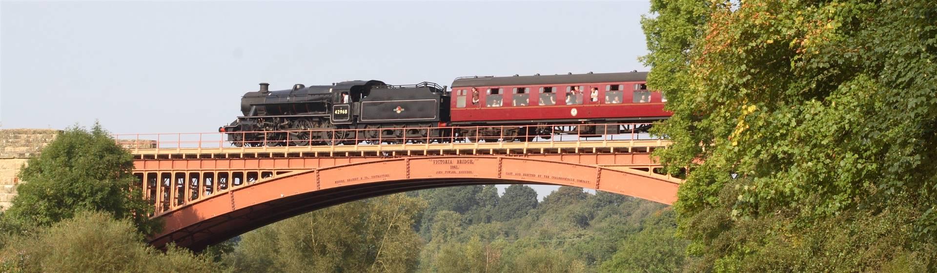 """<img src=""""svr_steamtrainovervictoriabridge2_new.jpeg"""" alt=""""Steam train on Victoria Bridge""""/>"""