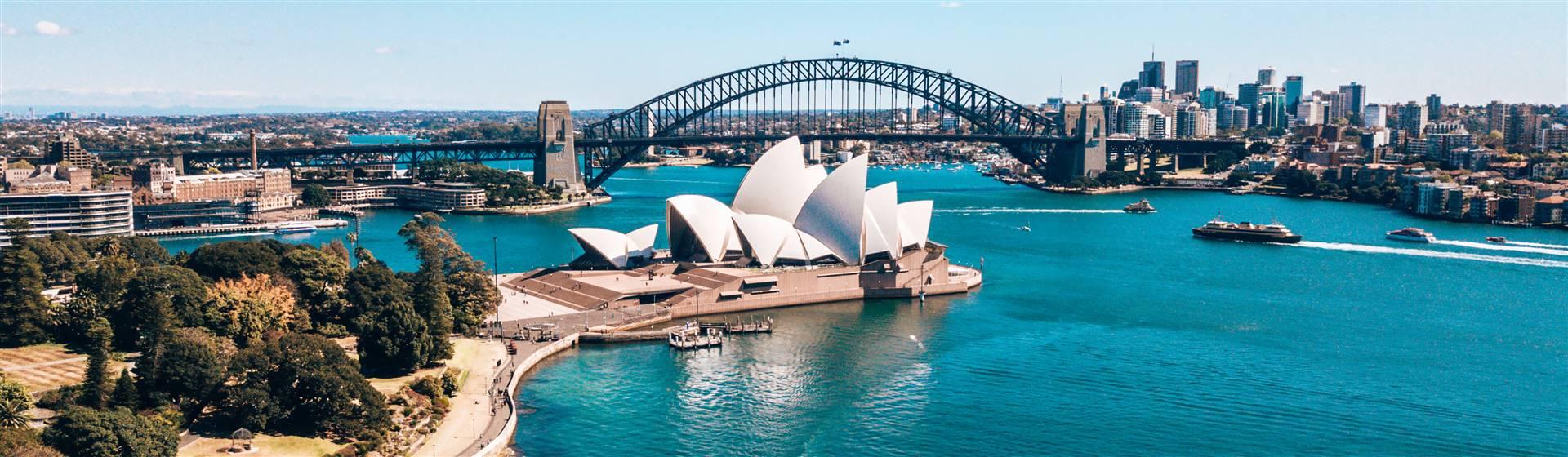 "<img src=""sydneyharbour-adobestock_243446992.jpeg"" alt=""Sydney Harbour""/>"