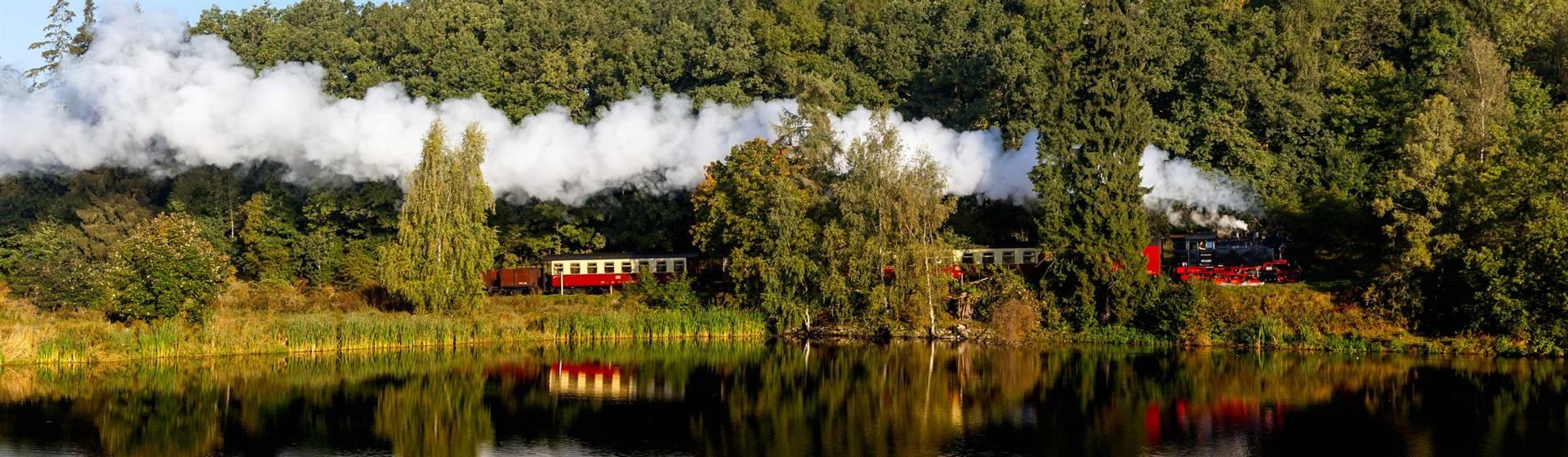 "<img src=""germansteamtrain-shutterstock.jpeg"" alt=""HSB Train""/>"
