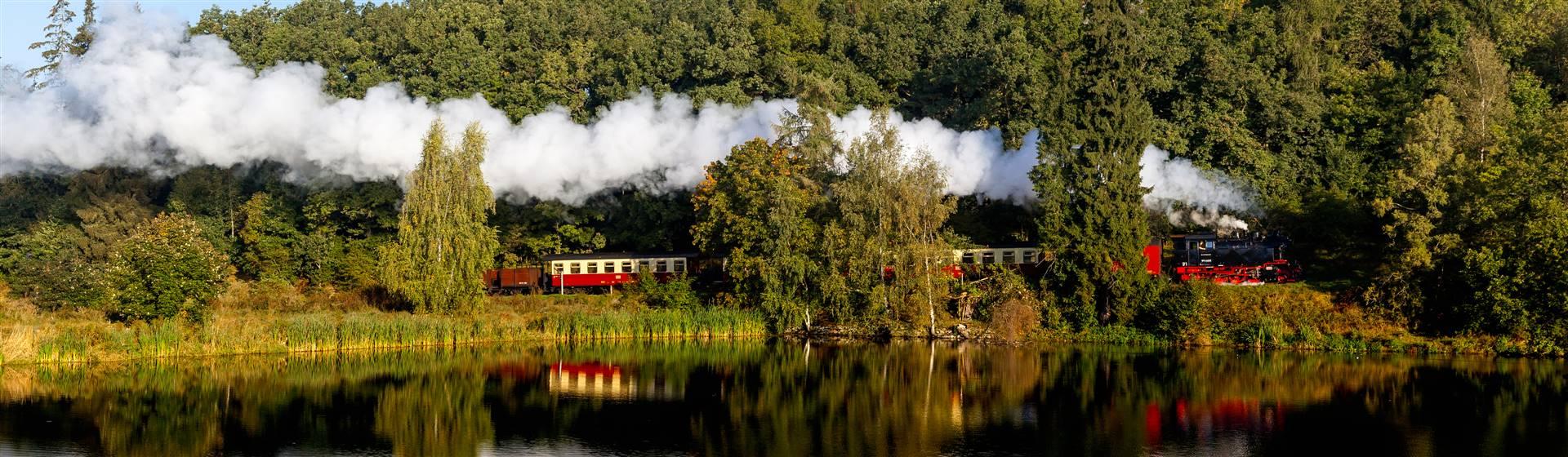 "<img src=""hsbtrain-shutterstock_343712621(2).jpeg"" alt=""HSB Train""/>"