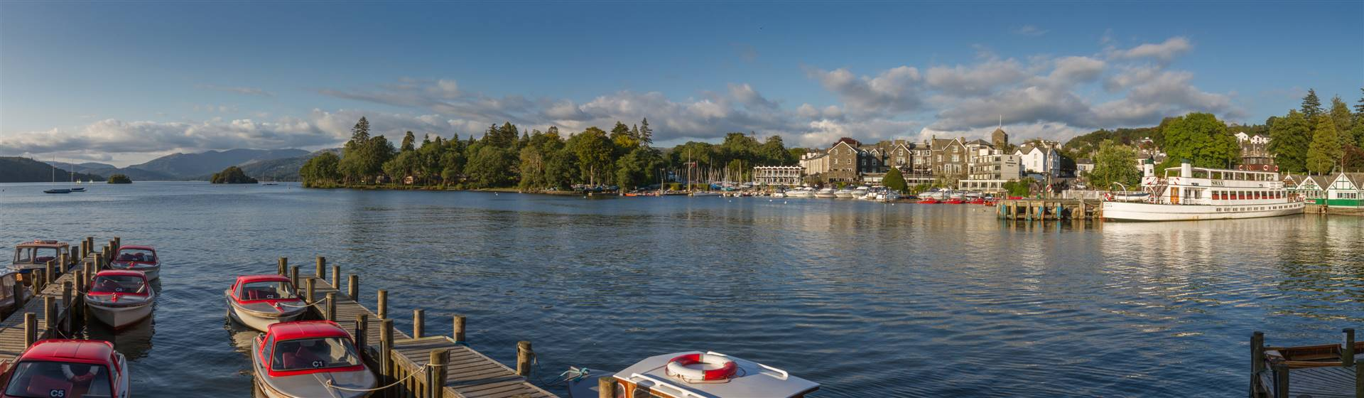 "<img src=""bownessonwindermere-shutterstock.jpeg"" alt=""Bowness on Windermere""/>"
