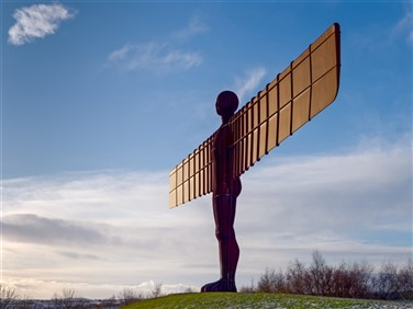 "<img src=""angel_of_north©shutterstock.jpegg"" alt=""Newcastle""/>"